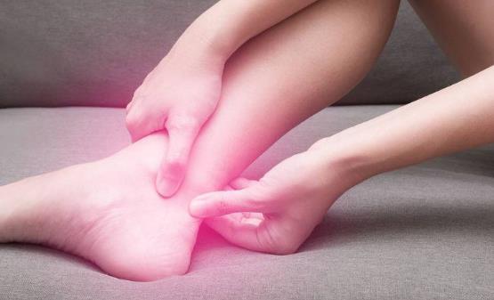 睡觉时突然抽搐的原因是什么 抽搐发作时的护理
