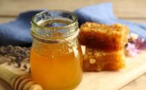 三类人吃蜂蜜如同吃毒药 解析喝蜂蜜水的五大禁忌