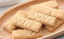 吃代餐饼干减肥的真相 代餐饼干来辅助减肥的方法