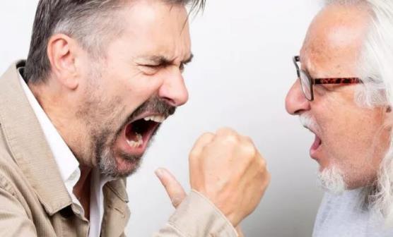 男性更年期的表现 缓解更年期家人关怀理解贴心最重要