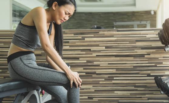 减轻膝盖疼痛的有效方法 中医有小妙招治疗关节炎
