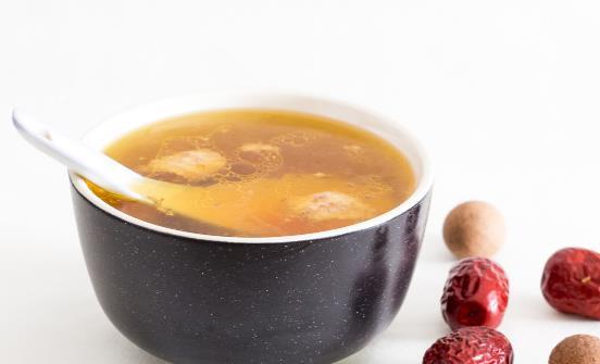 煲汤时间越长越好?盘点4大煲汤误区