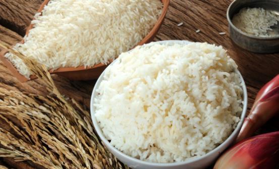 挑米无需高大上老经验都错了 买散装米要做到六看