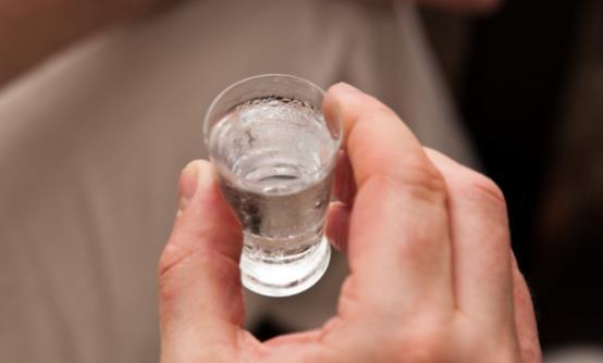 白酒是高度好还是低度好 到底哪种白酒不伤害身体