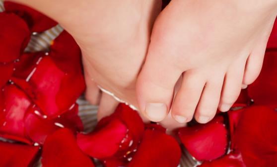 每天坚持泡脚促进血液循环 泡脚需要注意些什么