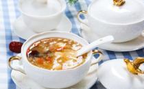 红枣银耳汤的家常配料 推荐几款不同配料的红枣银耳汤做法