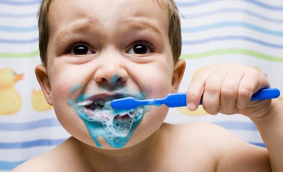 关于刷牙的5个误区 正确刷牙让你保持口气清新
