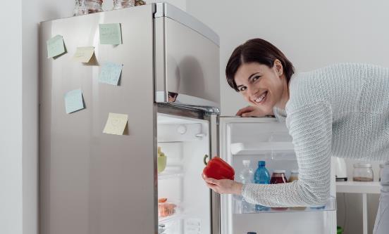 警惕冰箱导致的食物中毒 四类食物不宜放入冰箱存放