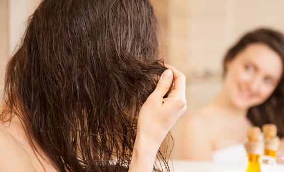 过度护理头发反而促进脱发 想要拥有乌黑秀发就这样做