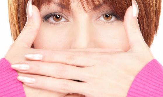 嘴巴里时苦时甜有异味 中药来消除口味异常