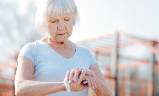 老人坚持锻炼保持健康 老人运动时的八种禁忌