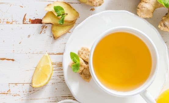女性体寒容易出现痛经月经不调 体寒调理喝姜汤
