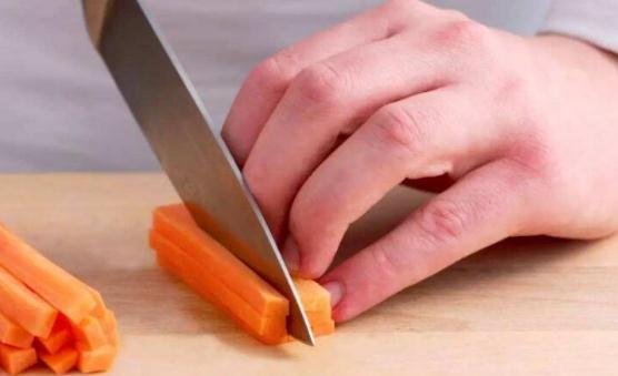 厨房中让人措手不及的突发状况 厨房烫伤急救的五字诀