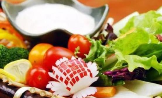 常见肿瘤患者的七大饮食误区 高价吃抗癌食品是错误的