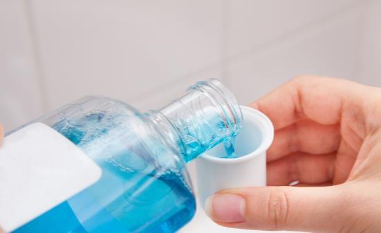 漱口水的5个小妙用 适度使用可消除狐臭治疗足癣