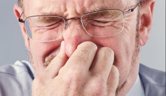 鼻子老是红红的怎么办 科学改善酒糟鼻的方法