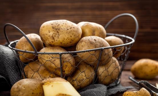 产妇坐月子能吃土豆吗 适合月子期间的土豆食谱