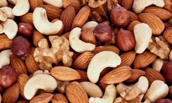 孕妇科学吃坚果身体更健康 孕妇适合吃什么坚果