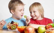 预防孩子积食七分饱益健康 苹果山楂水帮宝宝消积食