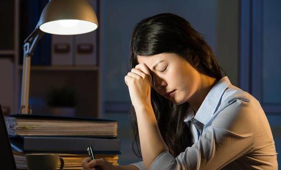 预防晚睡强迫症 贬低轻视最终告别强迫症