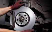 刹车失灵前的4个预兆 车辆在行驶中发生刹车失灵该怎么办