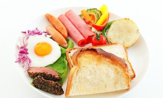 不吃早餐易患胃病 健康早餐种类要丰富