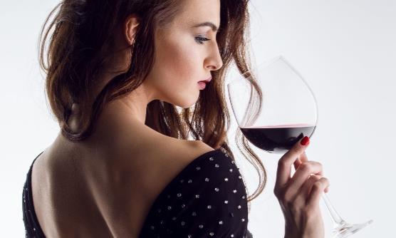 营养师教你十妙招千杯不醉 解酒的最快方法是什么