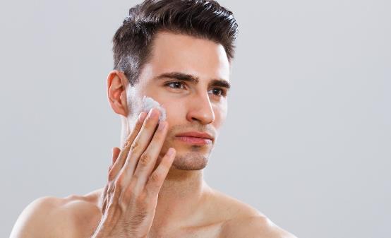 男人护肤刻不容缓 不同肤质的男士护肤有什么方法