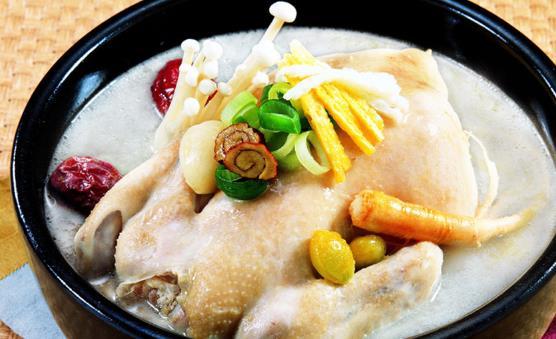 关于烧鸡汤的讲究 鸡汤的四种做法推荐