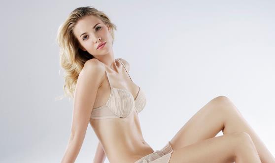 最流行的丰胸方法 所有的女人都能够挺起胸来