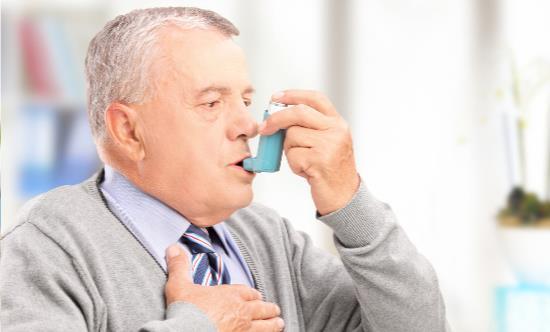 突发性哮喘的应急处理办法 能够舒缓突发性哮喘的动作