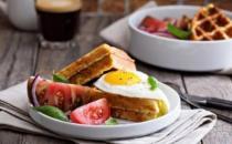 不吃早餐影响女性容貌加速衰老 健康吃早餐应丰富搭配