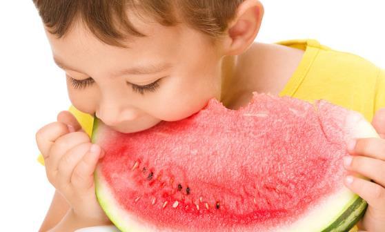 夏天吃西瓜的好处