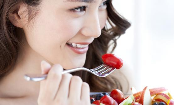吃水果应讲究方法 有的水果也不能随便吃