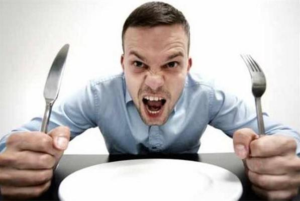 饿了脾气爆,你可能得了饿怒症,饥饿可能是导致争吵的罪魁祸首
