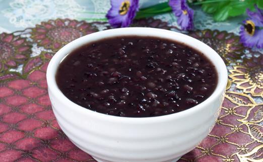 黑米粥有哪些功效与作用?黑米粥养胃吗?怎么做养肾