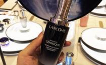 兰蔻小黑瓶100ml能用几个月 兰蔻小黑瓶是精华吗